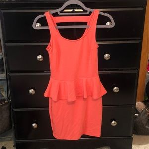 Coral form fitted dress